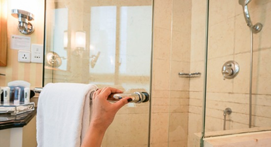 shower doors in Bloomington IL | Contractor Services of IL